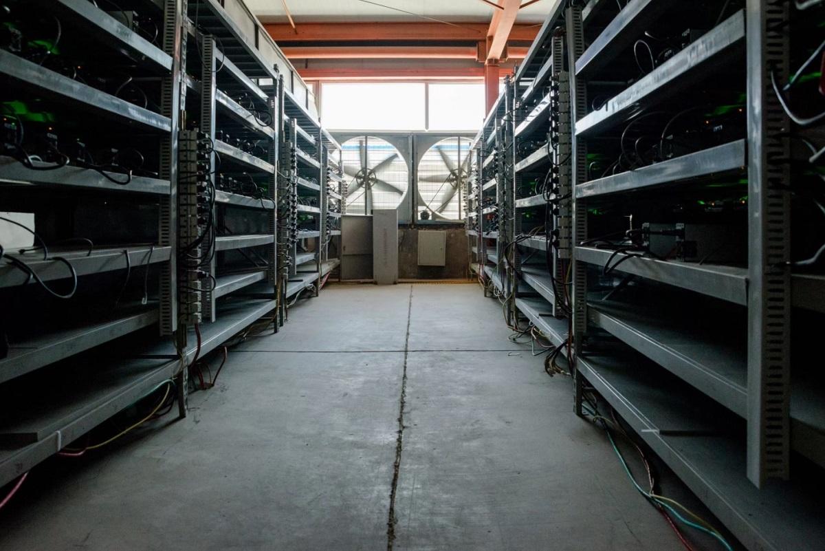 Крупнейшая ферма криптовалют Bitmain
